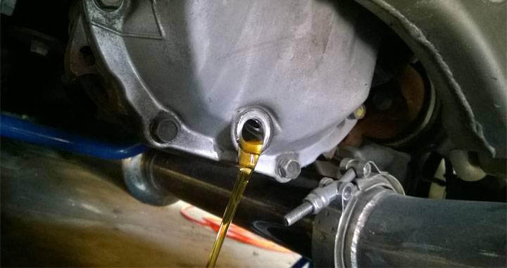 draining differential fluid